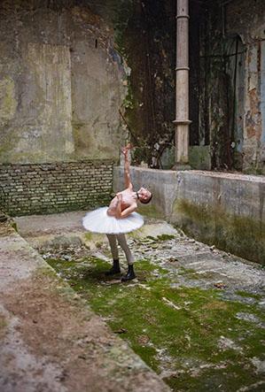 Tänzer in Burg