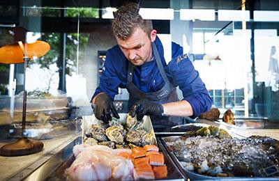 Die Austern- und Meeresfrüchte -Bar